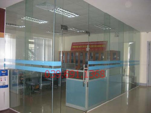 vách kính văn phòng ở đâu giá rẻ chất lượng