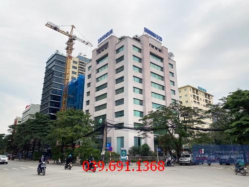 Địa chỉ thi công vách kính cường lực văn phòng tại tòa nhà TechnoSoft khu Duy Tân