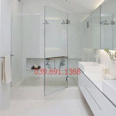 Vách kính nhà tắm nhỏ 1