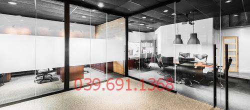 Vì sao nên thi công vách kính cường lực văn phòng tại TTC Tower